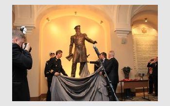 Торжественное открытие памятника адмиралу С.О. Макарову