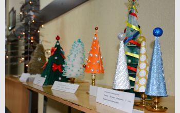 В МГТУ прошел конкурс альтернативной новогодней ели «Арт-ёлка»