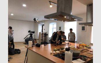 Съемки кулинарного шоу «Around the food»