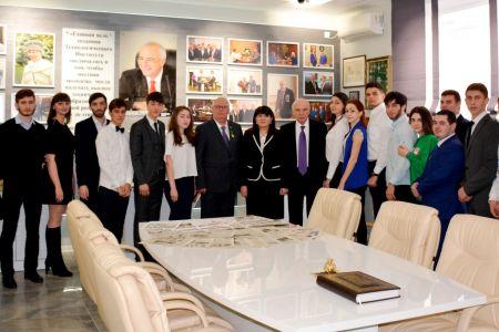 Сенатор от Адыгеи встретился со студентами МГТУ