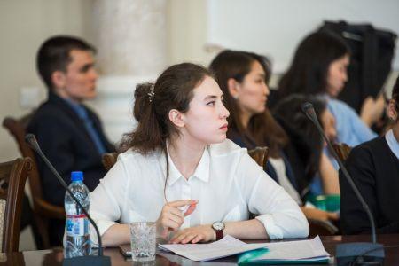 Абитуриент – СВФУ: Якутский университет готовит бакалавров по мировой экономике с двумя дипломами