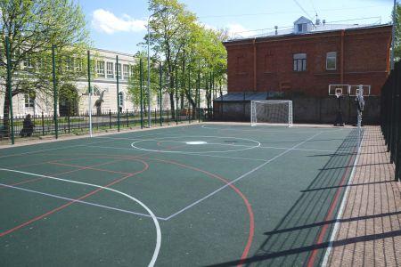 Новая спортплощадка в учебном городке ГУМРФ