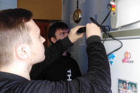 Студенты МГТУ оказывают помощь населению по подключению к цифровому телевидению