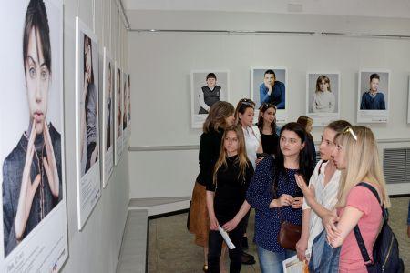 Студенты МГТУ реализовали социальный проект с фотовыставкой  «ПРАВО НА 6 СЕКУНД» к международному  дню борьбы за права инвалидов