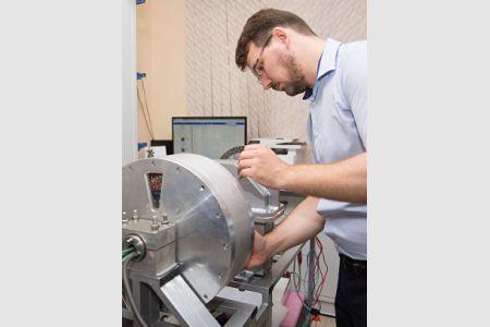 Ученые КФУ запатентовали ноу-хау для двигателя мотор-колеса