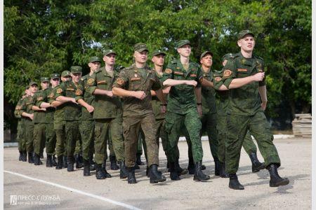 Первые выпускники военной кафедры Крымского федерального университета отправились на учебный сбор